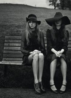 Best friends with chic hats