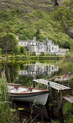 Kylemore Abbey in Connemara, County Galway, Ireland (by Dkammy) - Favorite Photoz