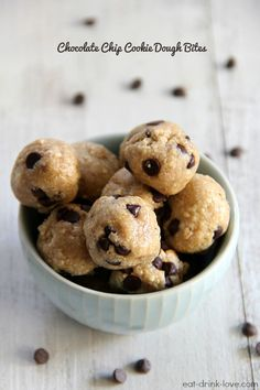 CHOCOLATE CHIP COOKIE DOUGH BITES vegan from:eat-drink-love.com yield: 15-17 BITES prep time: 15 MINUTES (PLUS CHILL TIME) INGREDIENTS:  1 cup raw unsalted cashews 2/3 cup oats 3 tablespoons maple syrup or agave nectar 1 teaspoon vanilla extract 1 tablespoon melted coconut oil 1/4 cup mini chocolate chips