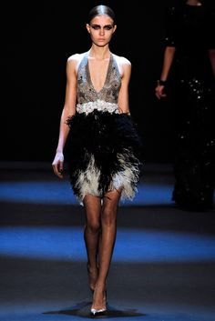 Naeem Khan Fall 2011 Ready-to-Wear Fashion Show - Josephine Skriver