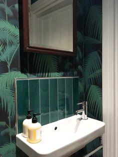 Cloakroom | Palm jun