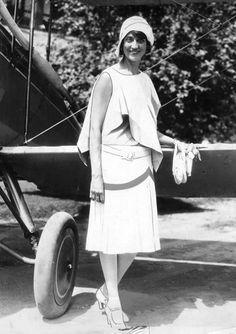 Aviatrix Blanche Noyes prior to the 1929 transcontinental air derby