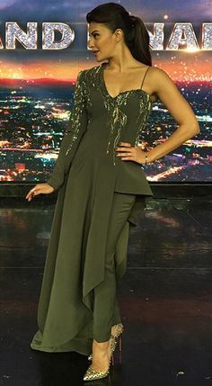 Jacqueline Fernandez in a Gaurav Gupta ensemble. Indian Gowns Dresses, Pakistani Dresses, Bollywood Dress, Indian Designer Outfits, Designer Dresses, Indian Wedding Outfits, Indian Outfits, Look Fashion, Indian Fashion