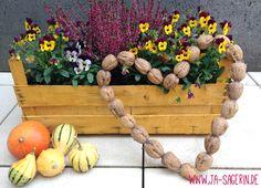 do it yourself walnut-heart // anleitung walnuss-herz // #walnussdekoration