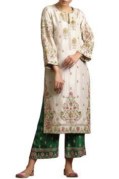 Buy embroidered silk kurta set by sue mue at aza fashions Kurti Embroidery Design, Embroidery Fashion, Embroidery Dress, Punjabi Suits Designer Boutique, Indian Designer Outfits, Indian Designers, Designer Kurtis, Anita Dongre, Pakistani Outfits