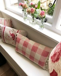 ideas shabby chic pattern french country for 2019 Cottage Shabby Chic, Shabby Chic Vintage, Shabby Chic Homes, Shabby Chic Decor, French Cottage, French Country, Casas Shabby Chic, Deco Retro, Retro Home Decor