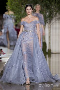 Zuhair Murad Autumn/Winter 2017 Haute Couture - Look 13 Style Haute Couture, Couture Fashion, Runway Fashion, Zuhair Murad, Beautiful Gowns, Beautiful Outfits, Couture Dresses, Fashion Dresses, Fantasy Dress