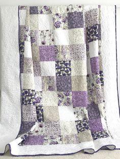 King Patchwork Quilt w/ Floral Prints Lavender Purple White