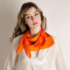 Carré Soie Dragon orange#fashion#accessoire#femme#foulard#textile intelligent#fleurs de Bach#scarf#bach flowers#emotis Textile Intelligent, Textiles, Dragon, Orange, Fashion, Bach Flowers, Square Scarf, Accessories, Moda