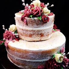 """The ""almost"" Naked Cake #themastersbaker #weddingcake #wedding #westchester #icing #buttercream #nakedcake #almostnakedcake #flowers #philadelphiaweddings…"""