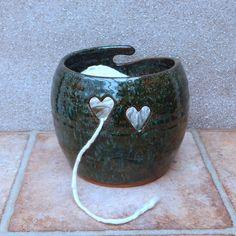 Yarn bowl .....knitting or crochet ..... hand thrown terracotta pottery #PotteryClasses