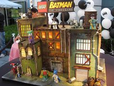 This Lego Batman cake is crazy detailed! [Cake! by William Eng Photography (aka eggrollboy), via Flickr]