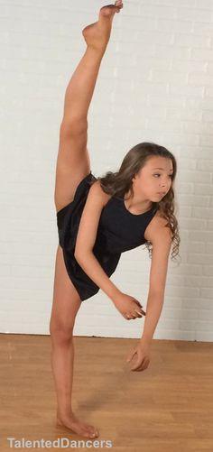 Teen Dancers 18