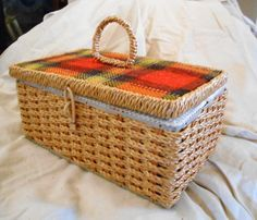 Plaid sewing box, wicker basket, crafts organizer, small storage box, 1960s sewing box, sewing acces