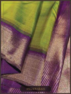 A modern adaptation of the 'Gopuram' (tower) border. Interesting colour combo and a sophisticated pallu add glam to the wearer. Kanjivaram Sarees Silk, Indian Silk Sarees, Kanchipuram Saree, Kanakavalli Sarees, Georgette Sarees, Wedding Saree Blouse Designs, Wedding Silk Saree, Bridal Sarees, Wedding Saree Collection