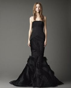 Gorgeous ..Vera Wang ..Jessica.... strapless mermaid gown