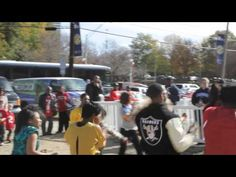 The Soul Train Awards Flash Mob were at it again. This time they landed in the city of Atlanta Georgia. They took over multiple tailgating areas at the Georg. Atlanta Georgia, Atlanta Falcons Game, Soul Train Awards, Tailgating, Teaser, Don't Forget, Thinking Of You, Dallas
