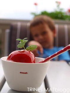 Jordbærsorbet 6 Sorbet, Digital Camera, Ice Cream, Desserts, Food, No Churn Ice Cream, Tailgate Desserts, Deserts, Digital Cameras