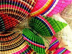 artesania chilena Craft Markets, Horse Hair, Color Splash, Rainbow, Graphics, Pretty, Handmade, Crafts, Decor