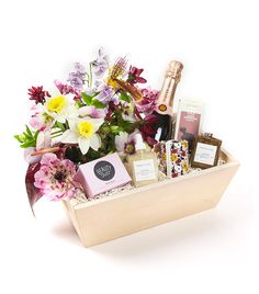 Midnight Beauty Gift Box with Flowers + Rosé Champagne - Pre-order to ship flowers rose Curated Gift Boxes + Fine Gifts Christmas Gift Baskets, Christmas Gifts, Wine Gift Baskets, Basket Gift, Curated Gift Boxes, Rose Champagne, Gift Hampers, Gift Packaging, Wedding Gifts