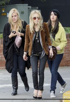 Mary-Kate & Ashley Olsen Fashion