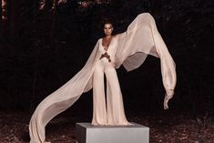 #fashion #outfits #madetomeasure #eveningdresses #karmenherscovici