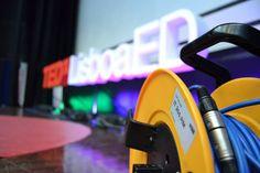 Informamos que a opção de MB para aquisição de bilhetes online para o próximo TEDxLisboa, apenas se encontra disponível até às 07h00 de amanhã (dia 30/10). Reserve já o seu lugar!    Mais informações em tedxlisboa.com #TEDxLisboa #ElefantenaSala