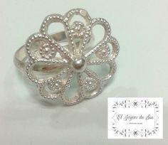 Lindo anillo de plata 9.50 en  talla 7