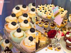 Sweet Table Cupcake Variationen - Rezept für 100 mini Cupcakes mit unterschiedlichen Toppings fürs Hochzeitskuchenbuffet