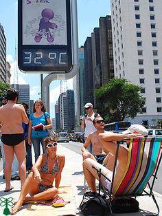 Avenida Paulista ganha praia