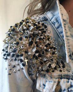 Slimming Fashion Tips .Slimming Fashion Tips Fashion Mode, Denim Fashion, Look Fashion, Fashion Details, Fashion Outfits, Fashion Design, Fashion Tips, Diy Clothing, Custom Clothes