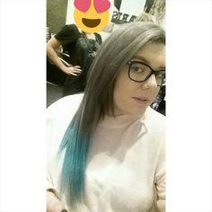 Grey Hair  #lovehair #passion #cocohairandbeauty #warrnambool #hairbesties #greyhair #bluehair #nakhair #manicpanic @nakhair by _caseycatlady_