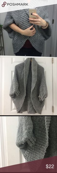 Gray knit cocoon batwing sweater This sweater literally feels like a hug. It's kind of a shrug/ sweater combo as the sleeves don't go all the way down to the wrists. So cozy and warm! Sweaters Shrugs & Ponchos