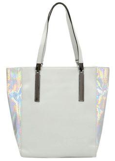#white #bag #shoulderbag #tote #geanta #genti #cool #melimelo Meli Melo, Shoulder Bag, Handbags, Tote Bag, Shopping, Totes, Shoulder Bags, Purse, Hand Bags
