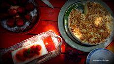 Τούρτα Λεμόνι: Μια πολύ εύκολη συνταγή. Γιατί όταν η ζωή σου δίνει λεμόνια φτιάχνεις απλά & γρήγορα μια λαχταριστή Τούρτα Λεμόνι Meatloaf, French Toast, Food And Drink, Pudding, Sweets, Breakfast, Desserts, Recipes, Greek