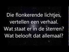 Op weg naar het licht (sterren in de nacht) met tekst - YouTube