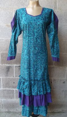 Vintage 1960s to Early 1970s  Long Hawaiian by PiecesBoutique
