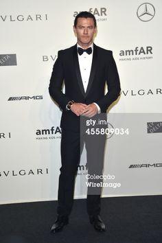 Fotografia de notícias : Luke Evans attends amfAR Milano 2014 during Milan...