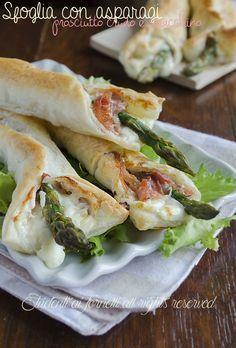 sfoglia con asparagi prosciutto e stracchino ricetta involtini di sfoglia e asparagi