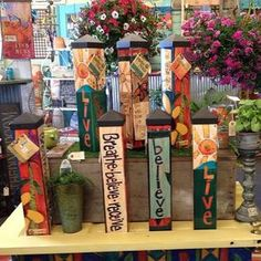 Mini Peace Poles for your garden. Garden Crafts, Garden Projects, Wood Projects, Amazing Gardens, Beautiful Gardens, Peace Pole, Garden Poles, Pole Art, Garden Whimsy