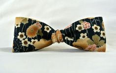 Bow Tie for Men  Navy Blue Floral Print Bow Tie  Cotton by ClassA