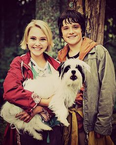 Anna Sophia Robb and Josh Hutcherson in Bridge to Terabithia.  This movie killed me inside.  Thinking it should have been called Bridge to *Tear*abithia.