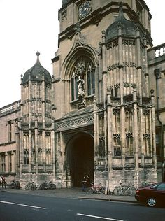 Tom Tower, Christ Church, Oxford, England ~  Christopher Wren architecture