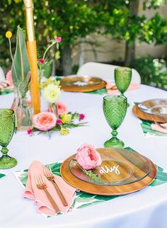 Pink & Yellow Tropical Bridal Shower Brunch This tropical bridal shower brunch combines two of our favorite things - tropical flowers and brunch! If these trends are your favorite too, you're in for a real treat today! Bridal Shower Decorations, Bridal Shower Favors, Wedding Decorations, Table Decorations, Wedding Themes, Wedding Colors, Shower Centerpieces, Purple Wedding, Gold Wedding