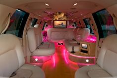 Check out that neon pink. This is my kind of limo <3