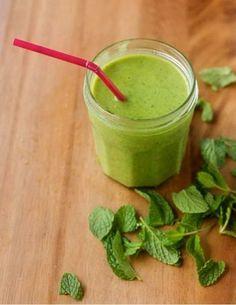 Kale + chia seeds smoothie