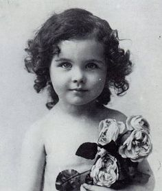 Vivien Leigh as a little girl.