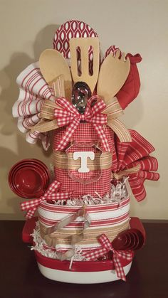 Pin by erin wilhelm on gifts kitchen towel cakes, themed gift baskets, kitc Kitchen Gift Baskets, Kitchen Towel Cakes, Diy Gift Baskets, Christmas Gift Baskets, Christmas Crafts, Raffle Baskets, Towel Cakes Diy, Kitchen Towels Crafts, Basket Gift