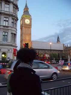 Gazing at Big Ben and admiring the fact that I have the chance to study abroad in the UK thanks to a once in a lifetime scholarship.