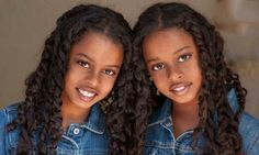 Twins share the same genes, and when one gets cancer, the other faces a higher risk of getting sick too, according to a study that included people. Beautiful Black Babies, Beautiful Children, Simply Beautiful, Baby Kind, Pretty Baby, Pretty Girls, Cute Kids, Cute Babies, Curly Hair Styles